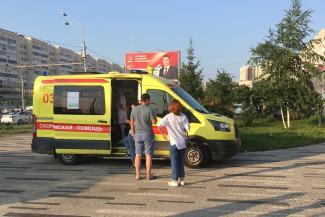 «Жить-то хочется!»: одни казанцы предпочли вакцинацию дискриминации, другие пытаются подкупить врачей