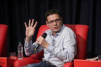 Известный правозащитник поучил казанских студентов, как не сесть за репост: «Оперативники с утра до вечера гуглят…»