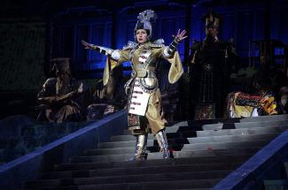 Шаляпинский фестиваль в Казани: китайцы на «Пиковой даме», личная драма  Ахмеда Агади и  надоевшее меню