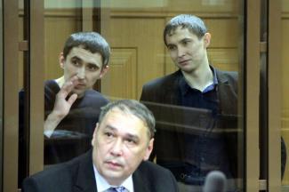 Родня братьев-убийц набросилась в суде на вдову Сергея Елесина