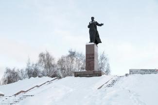 Революционера Вахитова выселят с казанской площади ради люксовых магазинов?