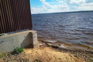 «Перестали бояться»: рядом с Боровым Матюшино строят очередную виллу на самом берегу Волги