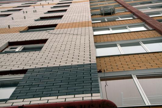 В Госжилфонде РТ рассказали, почему трещат соципотечные дома в Казани