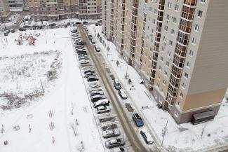 «В Казани происходит огромное количество скандалов из-за мест для машин»: экс-глава ГЖФ Талгат Абдуллин предлагает разрешить платные парковки во дворах