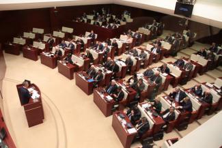 Коммунистов - депутатов парламента Татарстана поймали на голосовании «по Фрейду»