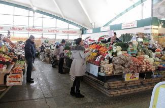 На Чеховском рынке Казани после визита «Ревизорро» искали мышей, но нашли только их норки
