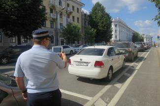 «Смотрящие» платных парковок Казани: «Нас ненавидят так же, как гаишников»