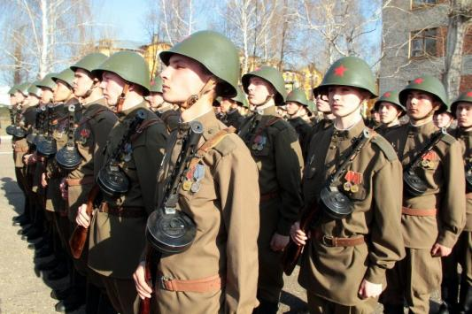 В Казани прошла первая репетиция парада в честь 70-летия Победы