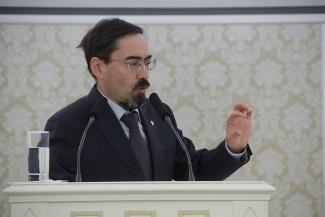 В Казгордуме пожалели инвалидов: «Создаем такие условия, чтобы люди, как дикие звери, на улицу не выходили»