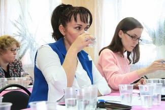 Вывели на чистую воду: казанские эксперты оказались в восторге от «Волжанки» и поморщились от «Хотнинской»