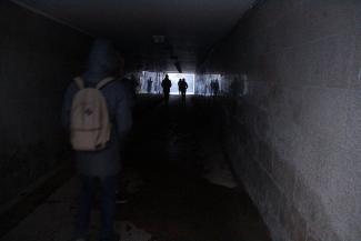 Темнота — враг пешехода: казанцы боятся спускаться в переход на улице Назарбаева