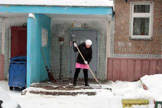 На смену разбежавшимся дворникам в Казани придет железный снегоуборщик
