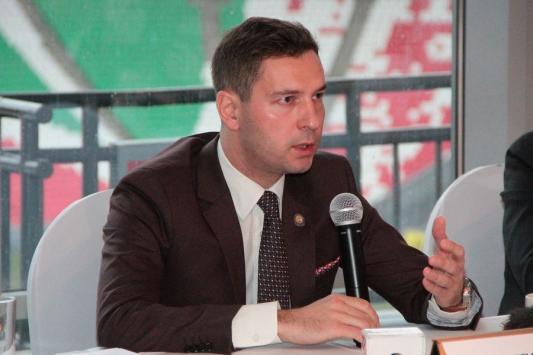 Владимир Леонов: «В Европу на сборы ездить накладно»