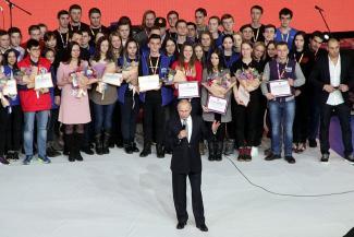 Гвоздь программы: студенты в Казани увидели Путина между выступлениями «Бандэроса» и «Зверей»