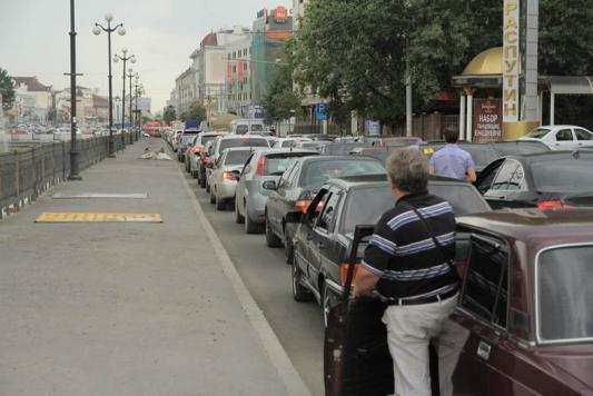 Штрафы новые, а на дорогах все стоят по-старому