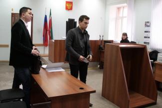 В Казани после встречи с мажором на тонированной «Ауди» гаишник попал в больницу