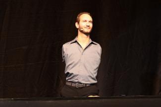 Ник Вуйчич в Казани сдержал обещание, данное юному пианисту