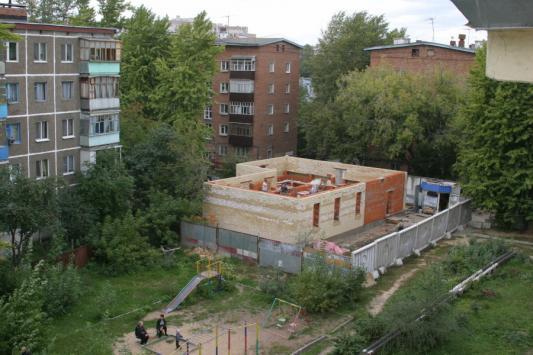 """На месте снесенного """"гнезда экстремистов"""" - мечети """"Аль-Ихлас"""" уже строится новая мечеть. Правильная"""