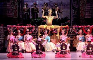 «А петь-то они сегодня будут?»: в Казани открылся Нуриевский фестиваль