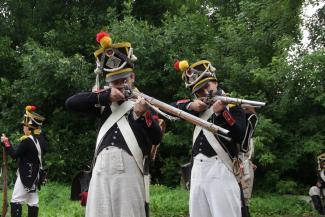 В Казани сошлись в схватке войска Наполеона и русские солдаты