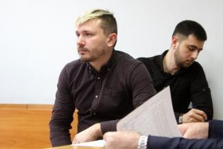 «На меня следователь давил»: в Казани свидетели по делу сотрудника «Почты России», обвиняемого во взятке, отказываются от своих показаний