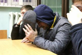 В Казани грузчики «Почты России» сотнями крали из посылок мобильники