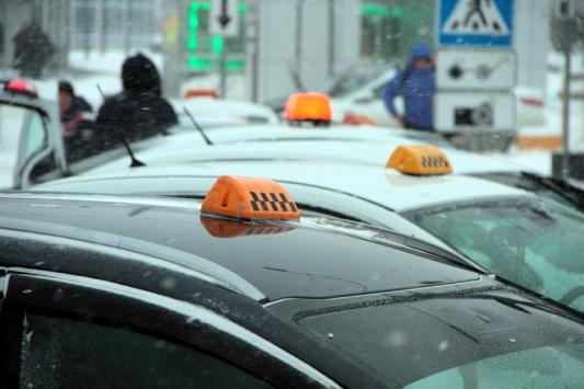 Забастовка таксистов в Казани закончилась, не начавшись