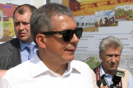 Рустам Минниханов женит старшего сына