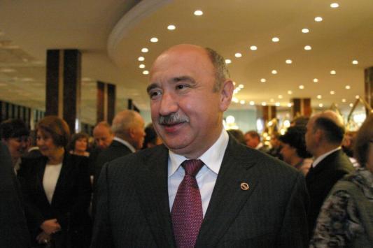 Ильшат Гафуров: зарплата ректора ежегодно уменьшается