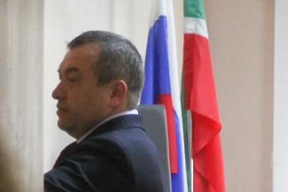 Зама главного судебного пристава Татарстана и борца с коррупцией в рядах УФССП судят за взятки