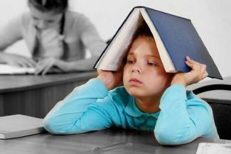 Маловато будет: казанским школьникам сократили осенние и зимние каникулы, чтобы освободить от учебы на майские праздники