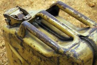 В Татарстане бывший милиционер, ставший правозащитником, спалил машины силовиков