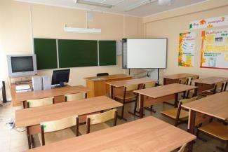 Родители школьников в Казани требуют уволить учительницу, которая грозилась «пустить детей на колбасу»