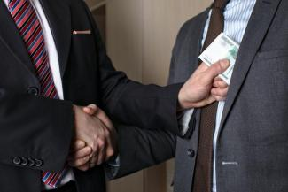 «Можем всех пересажать, а кто тогда работать будет?»: представители казанского Кремля и силовики отчитались о борьбе с коррупцией в Татарстане