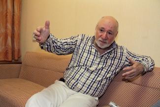 Борис Львович пригласил в Казанский ТЮЗ «Мужчину с пробегом»