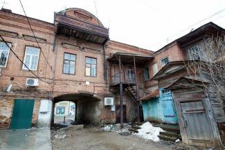 «Чистополь гибнет, а всем наплевать!»: жителям старинного городка в Татарстане стыдно перед туристами