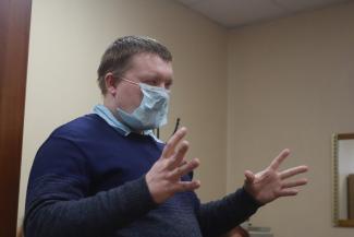 «Путин разрешил даже за лицо себя потрогать!»: в Казани незрячие инвалиды засудили ФСС, который лишил их доступа к информации