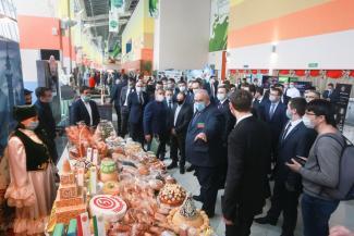 Больше магазинов с доступными ценами: X5 Retail Group и правительство Татарстана подписали соглашение о сотрудничестве