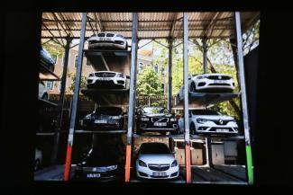 Дешево и сердито: казанских застройщиков призвали обеспечить жильцов парковками-«этажерками» и «каруселями»