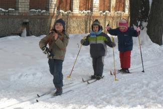 Опять двойка: родителей казанских школьников вынуждают покупать лыжи