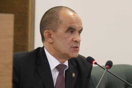 Треть директоров школ в Татарстане получили «красные карточки»