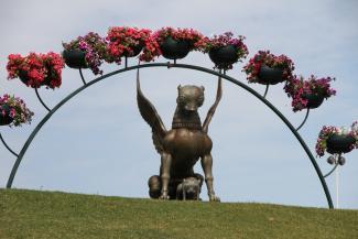 За скульптуры Намдакова у казанской «Чаши» из бюджета не заплатят ни копейки