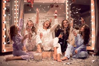 Леопард - для худых, пижама и каблуки - для всех: казанцам рассказали, в чем встречать Новый год