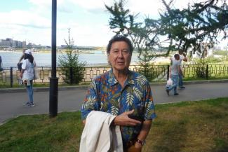 «Я полвека не брал в руки кисть»: звезда советской эстрады Альберт Асадуллин вспомнил в Казани, что он учился на художника