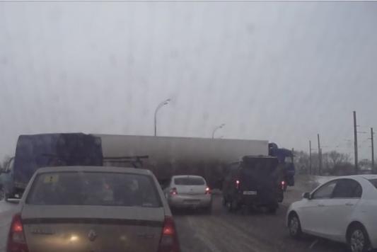 Прокурор Татарстана разберется с гаишниками, устроившими «живой щит»