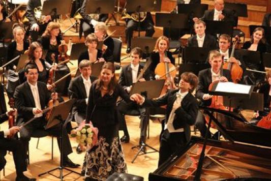 От Второго концерта Рахманинова Осетинская подвоха не ждет