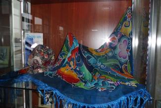 Казанская Софья-искусница одела татар по всему миру в «голубые шали»