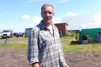 Сергей Горобченко на съемках в Татарстане: «Мужчина должен уметь и дров наколоть, и крышу починить»