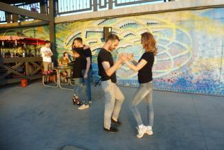 Танцуют все! Казанские финансисты, программисты и врачи с упоением отдаются сальсе и бачате