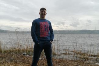 «Не верим, что сын мог покончить с собой в день рождения матери»: отец погибшего казанского полицейского ищет правду